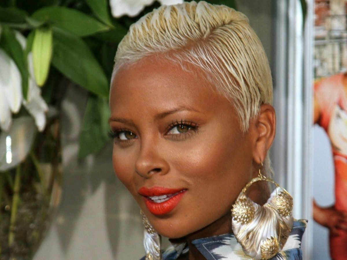 Eva Marcille Publicly Praises Her Love For Mike Sterling