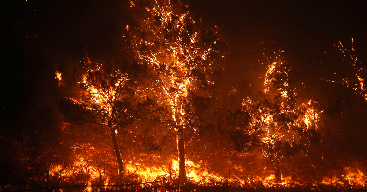 In Pictures: Glass Fire in California quadruples in size