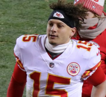 Mahomes, Kansas City Chiefs, Without Problems Against Baltimore Ravens, 34-20