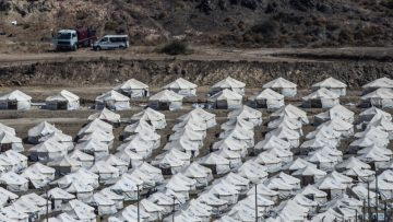 Refugees in Greece wary of entering new camp after Moria fire