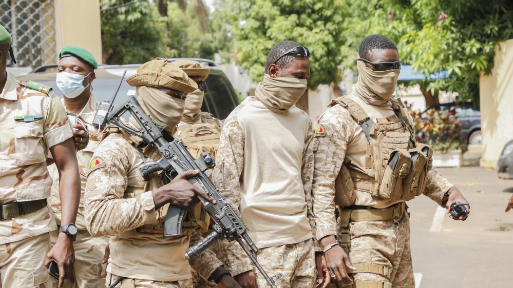 Africa leaders: Mali military gov't must name president by Sep 15