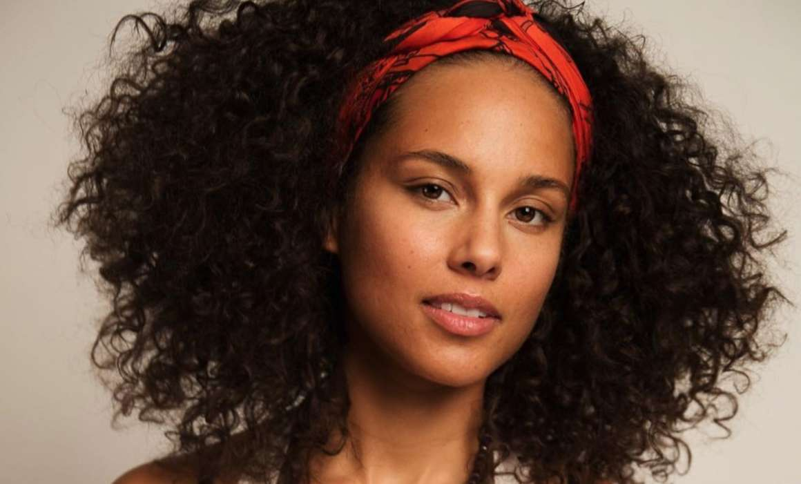 Alicia Keys Under Attack From Jaguar Wright Following Wright's Beef With Common