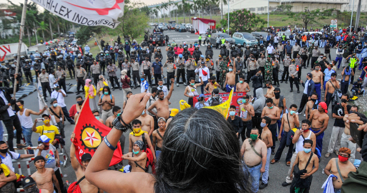 Indonesian workers stage protests against new labour laws