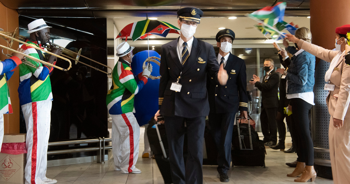 Celebrations at South Africa airports as borders reopen