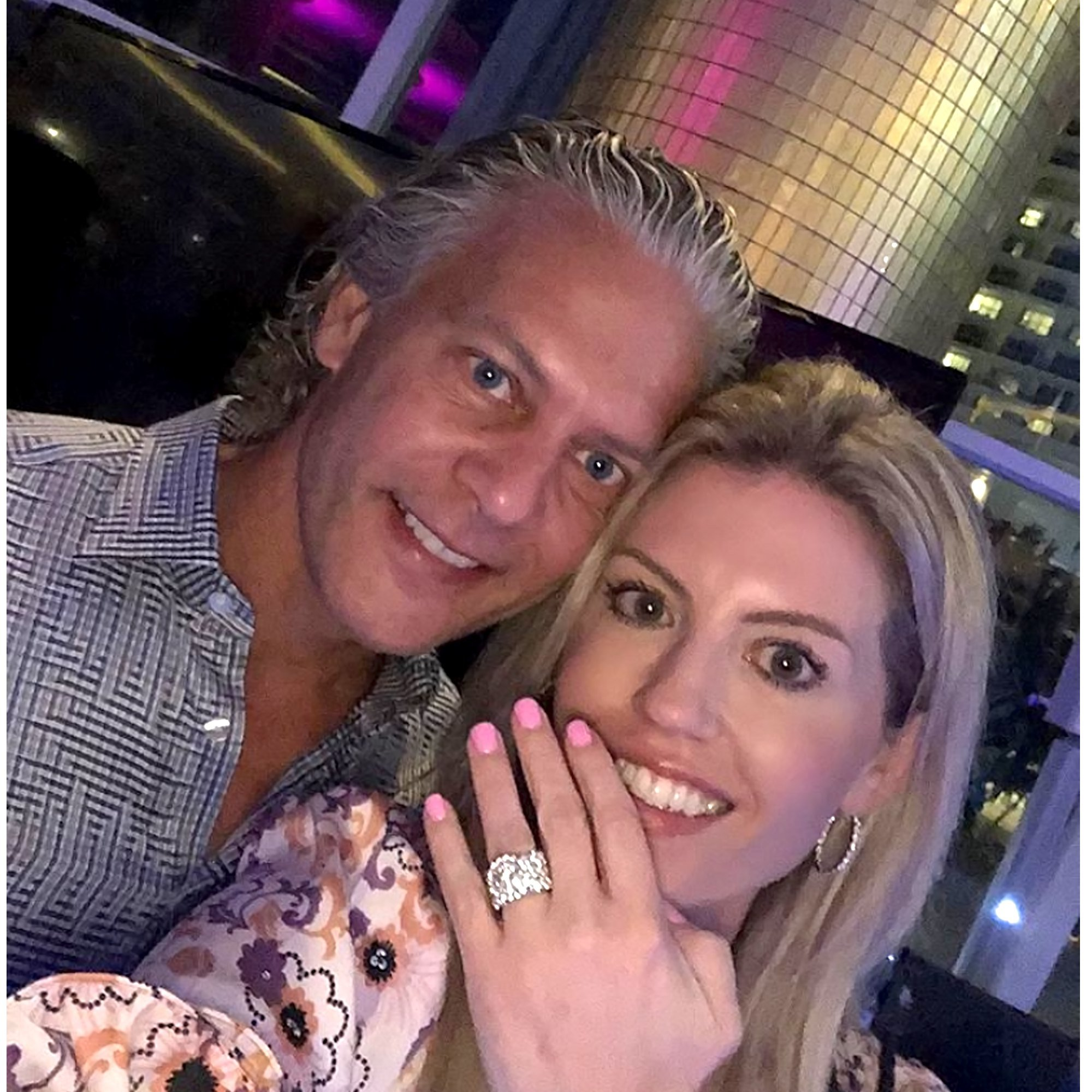 David Beador And Lesley Cook – Find Out If They're Having A Boy Or A Girl!