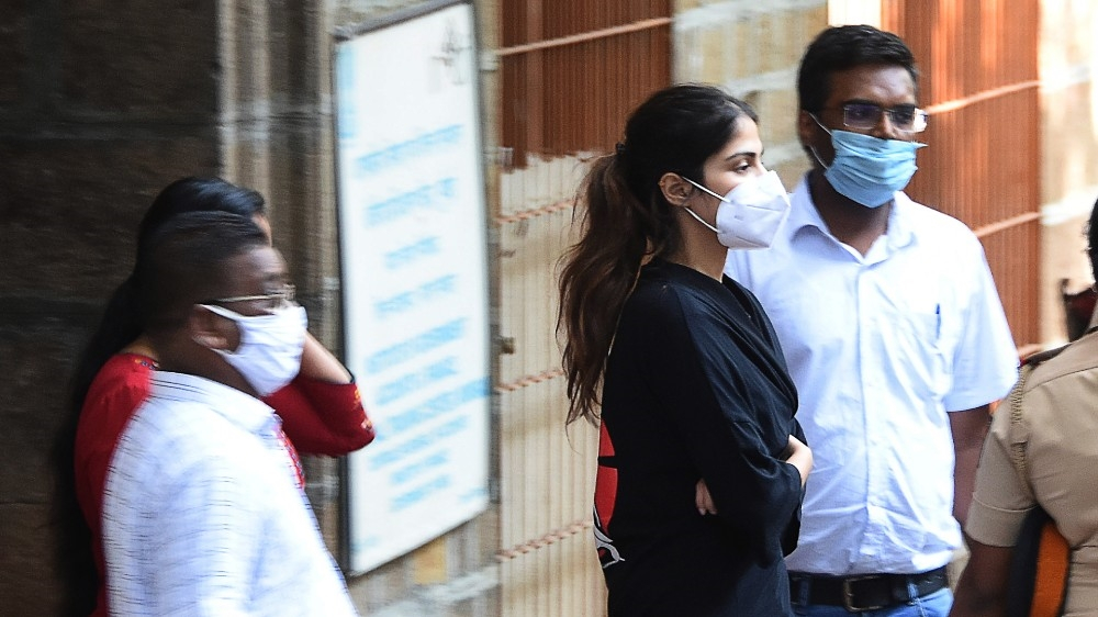 Bollywood actress granted bail in ex-boyfriend's suicide case