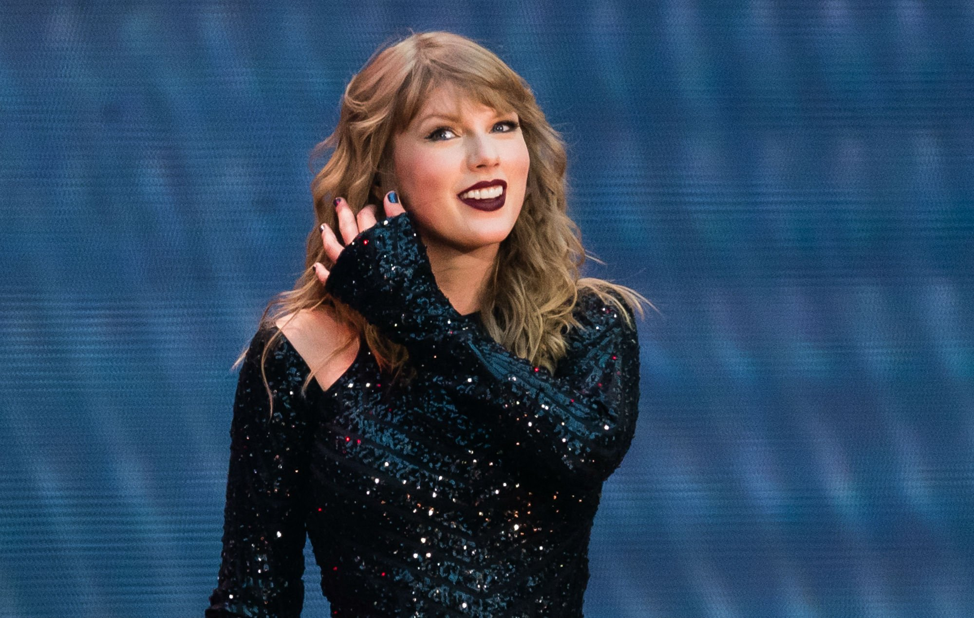 Taylor Swift Reportedly Misses Being On Stage – Can't Wait To Get Back On Tour!