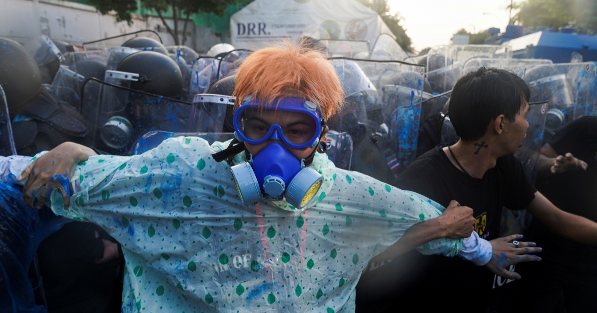 In Pictures: Thai police fire tear gas at pro-democracy rally