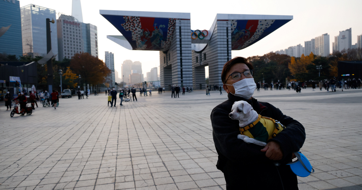 South Korea COVID cases above 200, as face mask fines imposed
