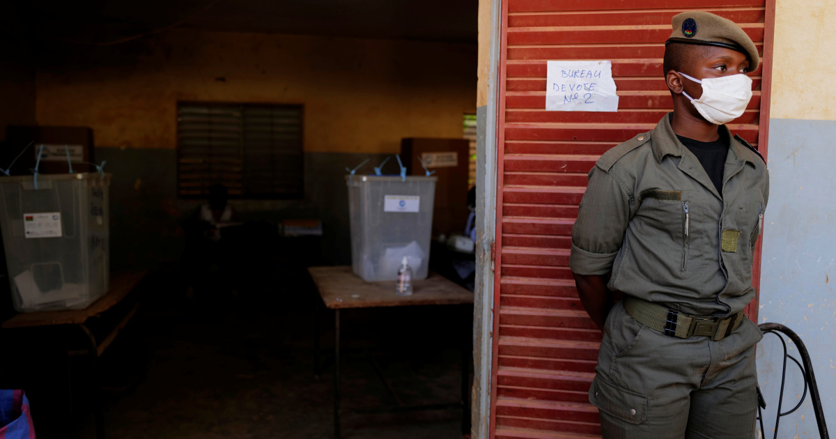 'Vote for change': Polls open in Burkina Faso