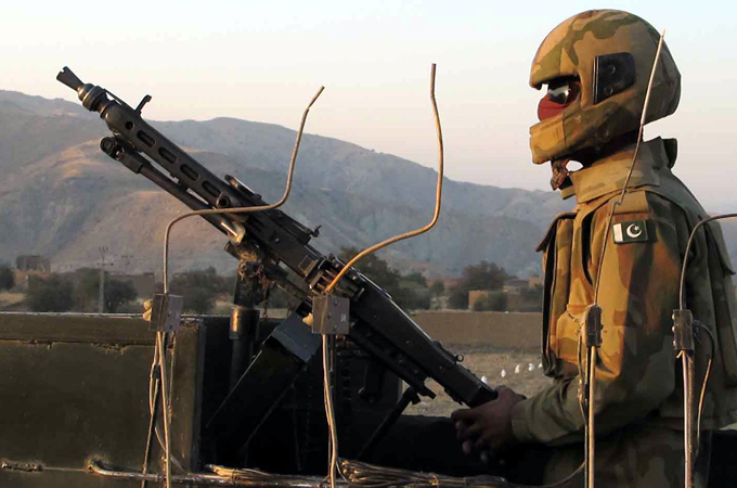 Pakistan: Soldier, four fighters killed in Afghan border attack