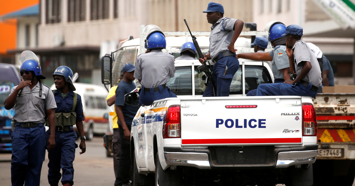 Zimbabwe police warn of crackdown on 'cyberbullying' of officials