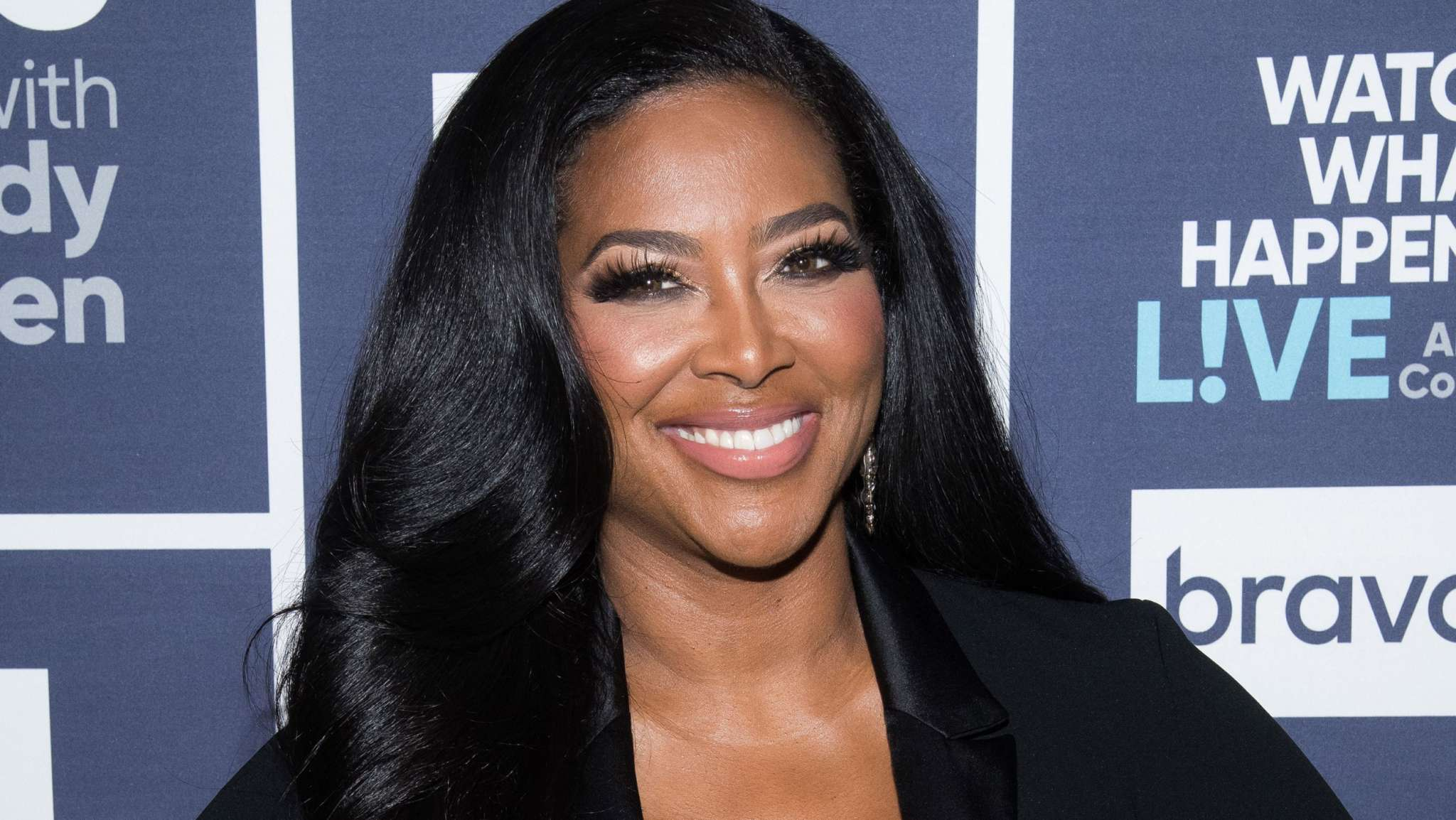 Kenya Moore Breaks The Internet With A New Jaw-Dropping Look That Blows Fans' Minds – See Her Latest Photo