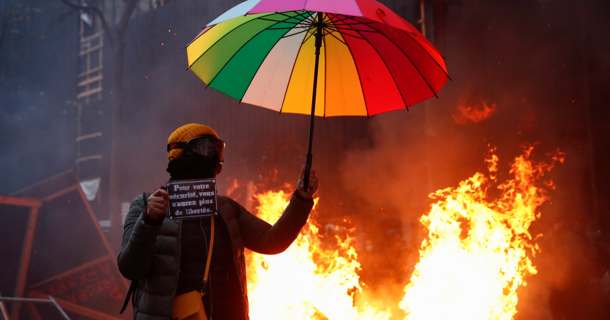 In Pictures: Violent anti-security bill protests in France