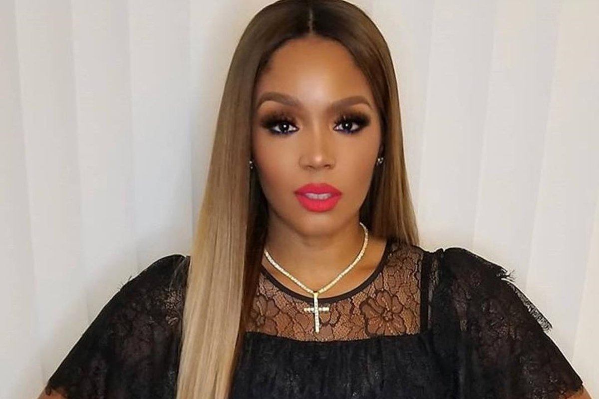 Rasheeda Frost Shared A Video From The Falcon Vs. Saints Game In Which She And Kirk Are Having A Blast With Friends – Fans Throw Shade At The Crew